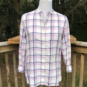 Old Navy plaid button front long sleeve roll tab
